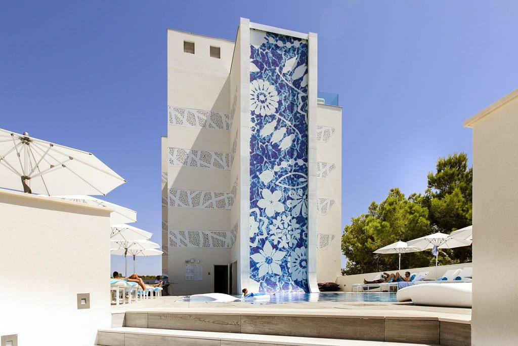 fachada-exteriores-hoteles-poraxa
